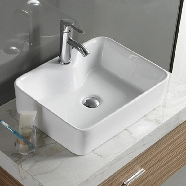 умивальник у ванній